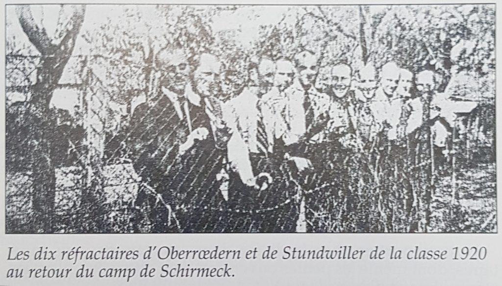 Les dix réfractaires d'Oberrœdern et de Stundwiller de la classe 1920  au retour du camp de Schirmeck.